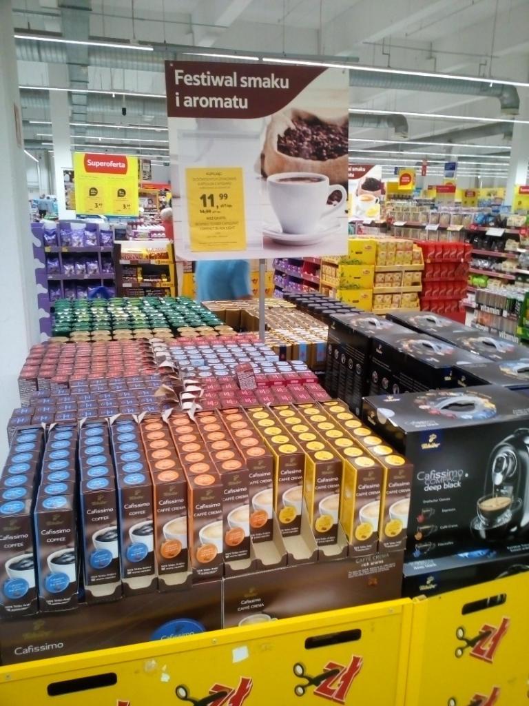 Ekspres Tchibo Cafissimo Compact GRATIS przy zakupie 20 opakowań kawy (w cenie 11,99zł/szt.) @ Tesco