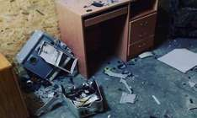 45 minut NISZCZENIA w Black Box Destroy Room @ Groupon