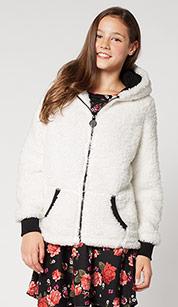 20% rabatu na dziewczęce kurtki @ C&A