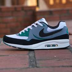 Buty Nike Air Max Light Essential 50% taniej @ RunColors