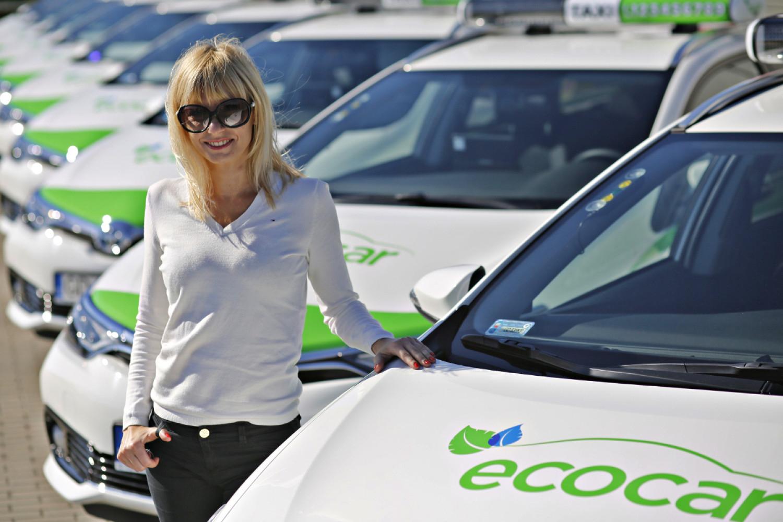 Dzień Matki: darmowy przejazd taxi dla mamy w Warszawie, Wrocławiu i Trójmieście @  EcoCar