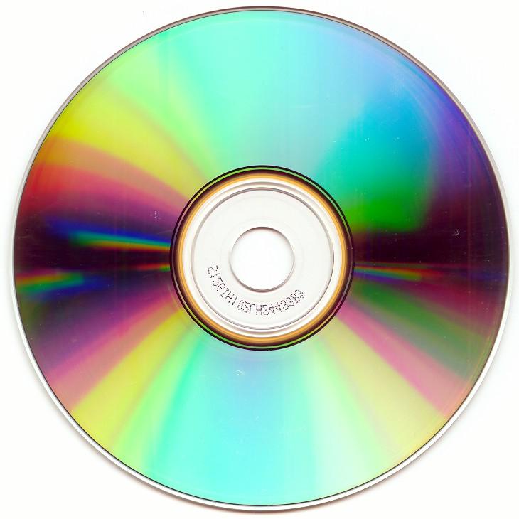 Płyty CD z muzyką do 90% taniej @ empik
