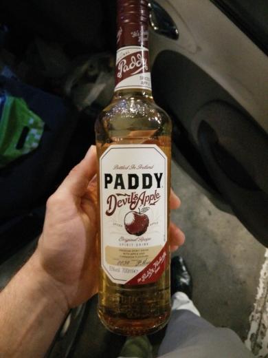 PADDY Devil's Apple 0,7L 35% + gratis TESCO