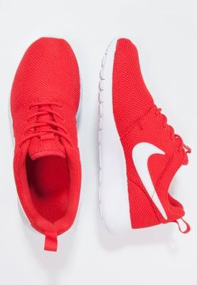 Nike Roshe One za 132,09zł (40% taniej) @ Zalando