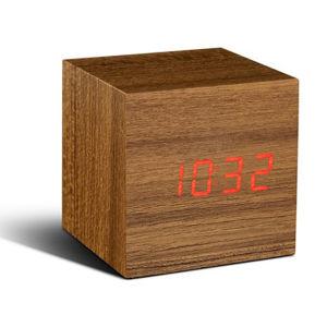 Ginko Click Clock w kolorze drewna tekowego za 105zł z dostawą @ Zavvi