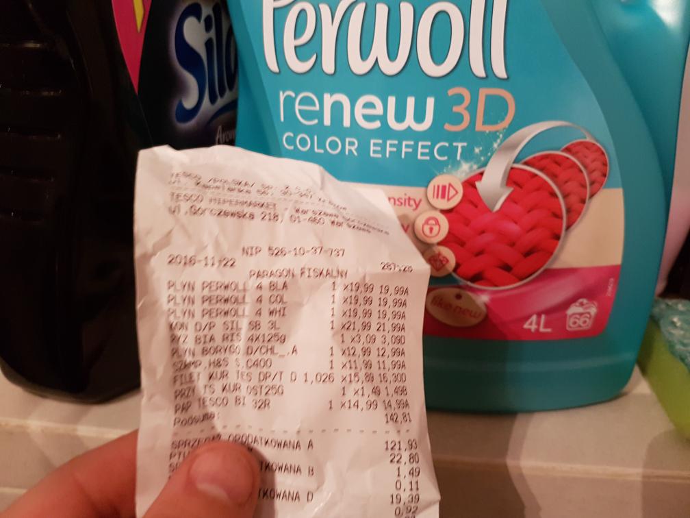 Płyn do prania Perwoll Color/White/Black 4L za 19.99zl w tesco