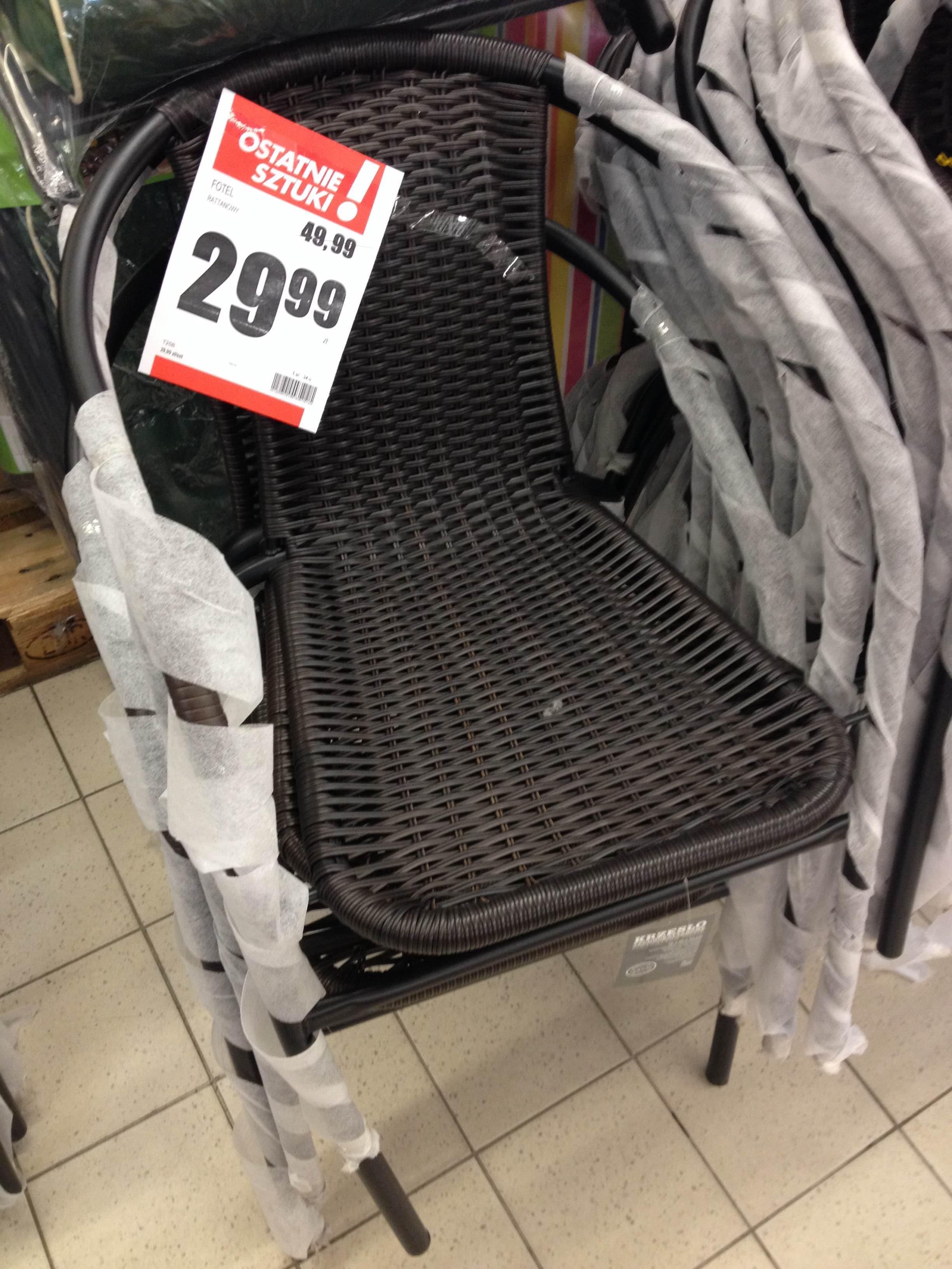 Krzesło ratanowe za 29,99 zł @ biedronka
