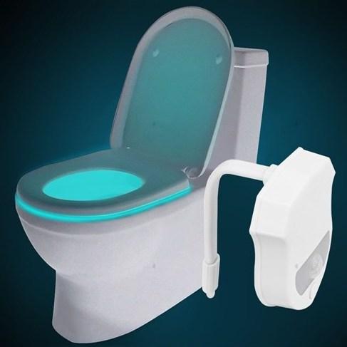 Podświetlenie toalety z sensorem ruchu (zawieszka LED, 16 kolorów) za ok. 15zł @ TinyDeal