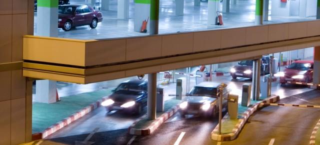 Parking przy lotnisku w Modlinie na tydzień za 25,99zł @ WakacyjniPiraci