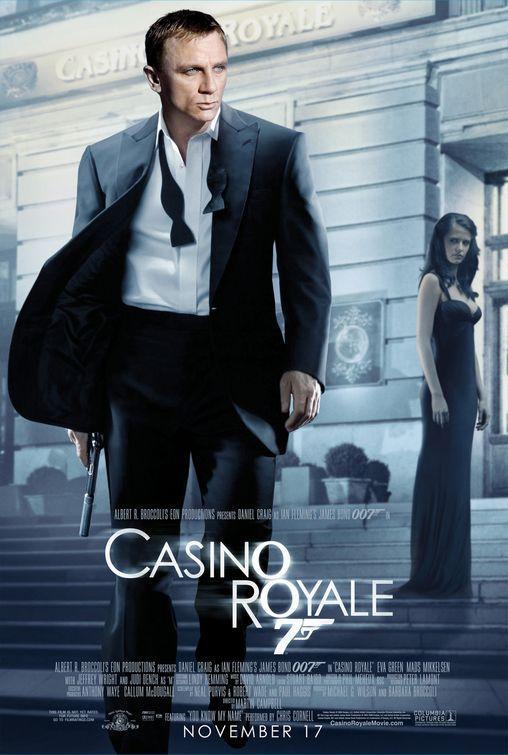 Casino Royal/Skyfall/Quantum of Solace na DVD za 1 grosz przy zakupie dowolnej wódki 0,7l @ Piotr i Paweł