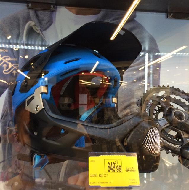 Kask rowerowy Uvex Jakkyl HDE