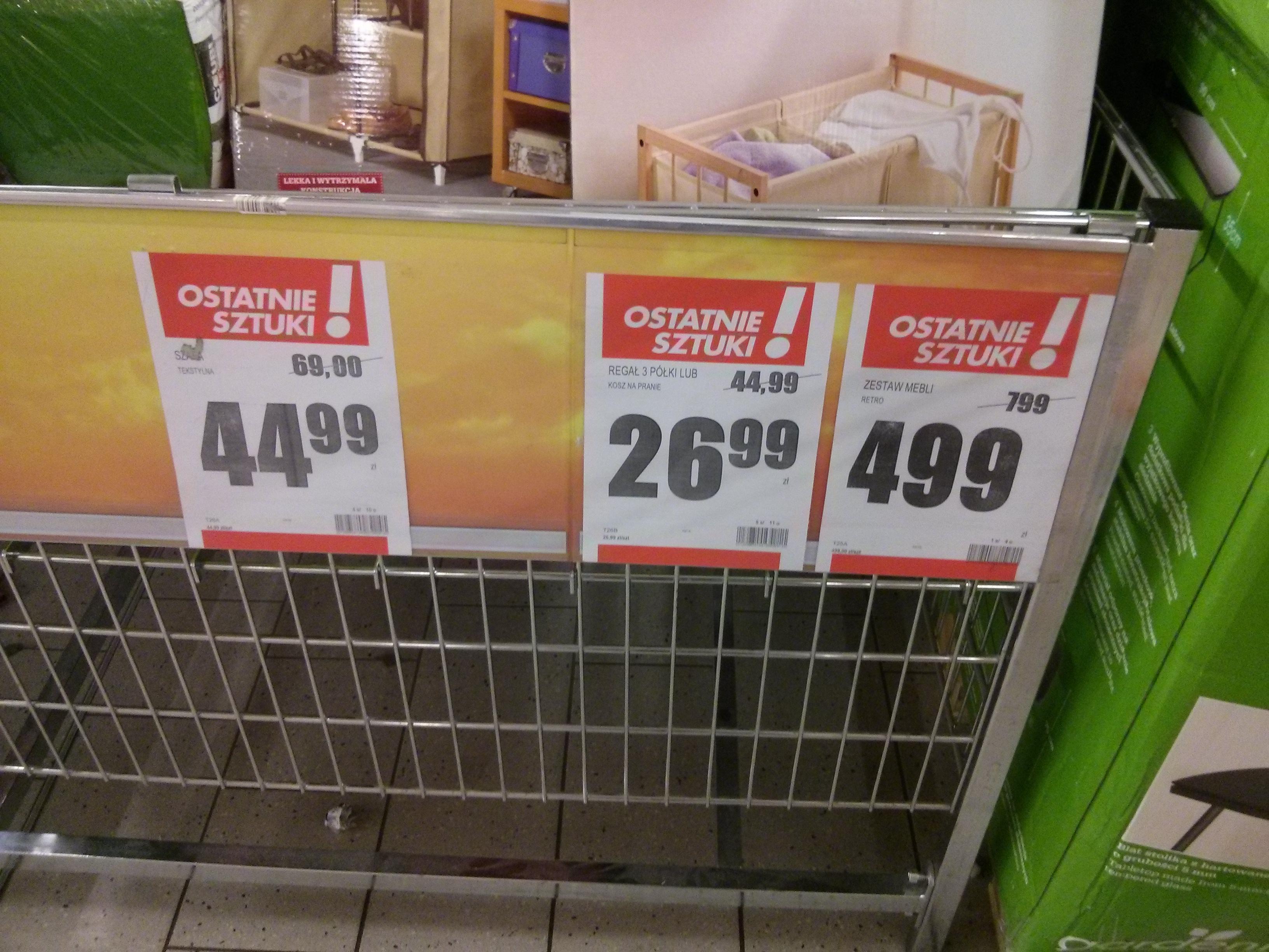 OBNIŻKA cen mebli @ Biedronka