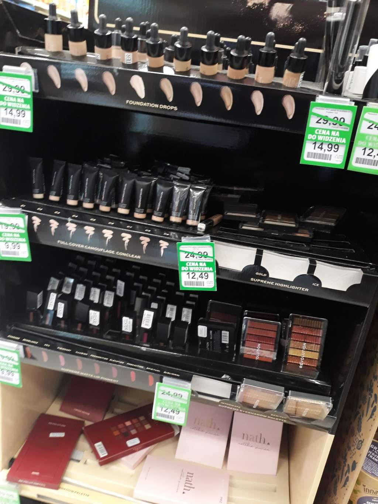 Modernistyczne Makeup Revolution Pro -50% Rossmann - Pepper.pl JV92