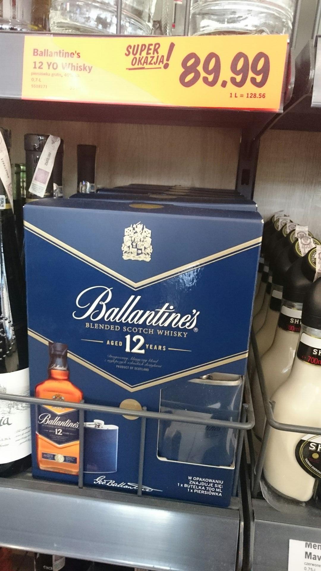Lidl - Whisky Ballantines 0.7l 12 YO z piersiówką