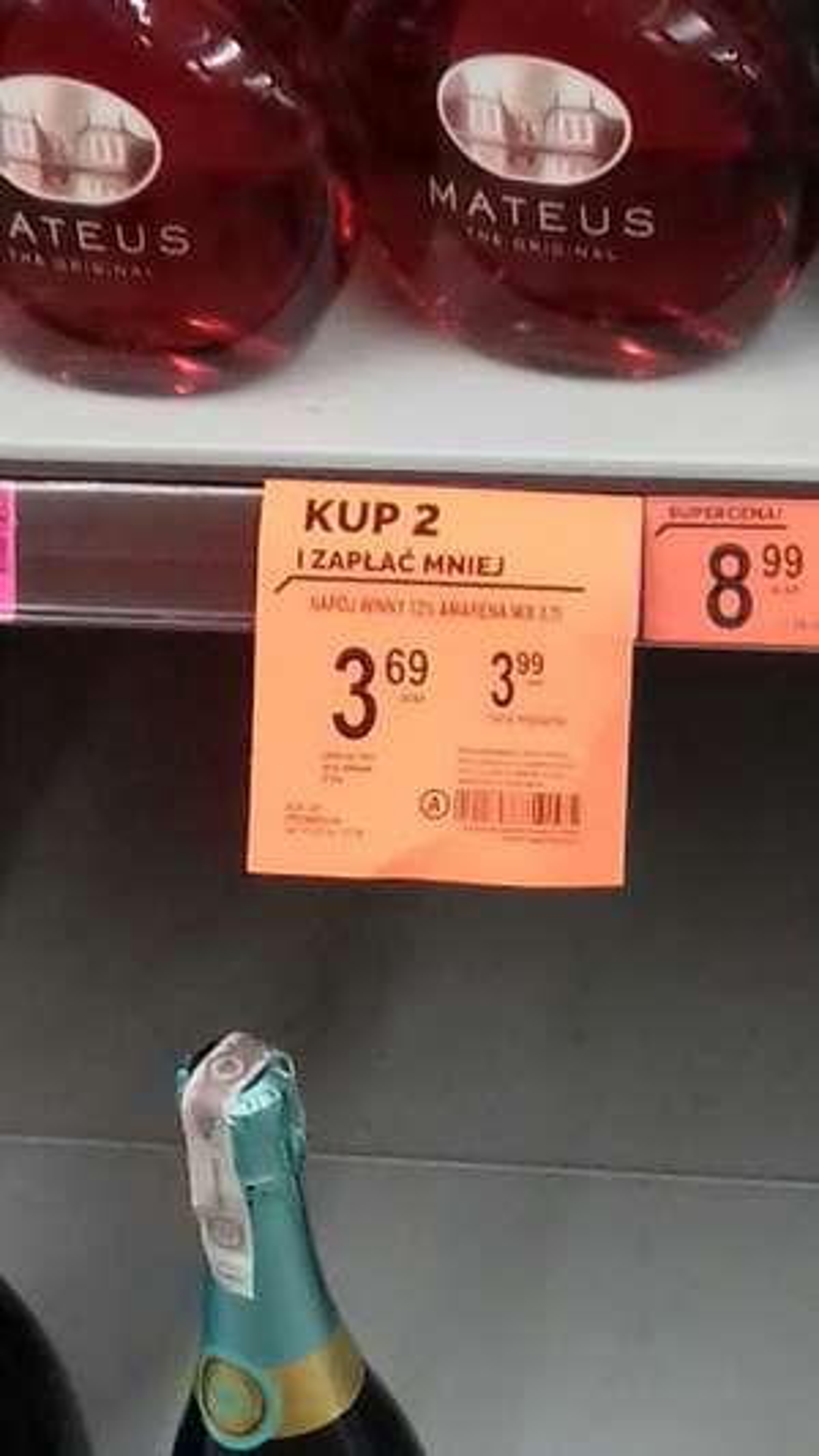 Amarena Napój winny 12% Biedronka