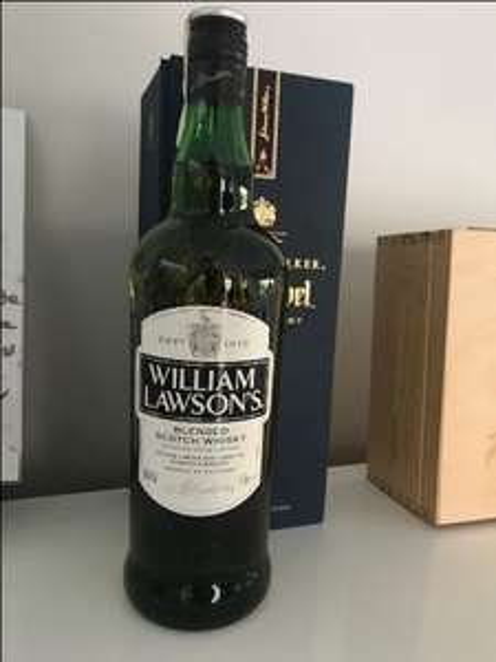 Jaworzno Żabka Blended Scotch Whisky William Lawson's 1L Błąd Cenowy.