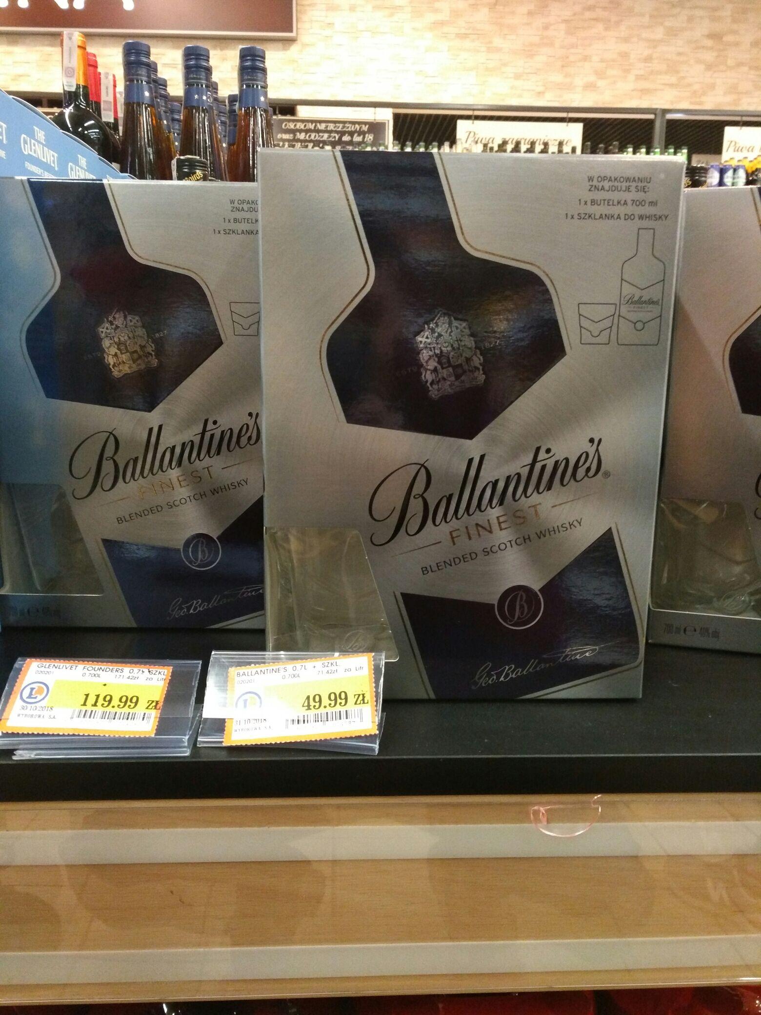 Ballantines 0,7 ze szklanką