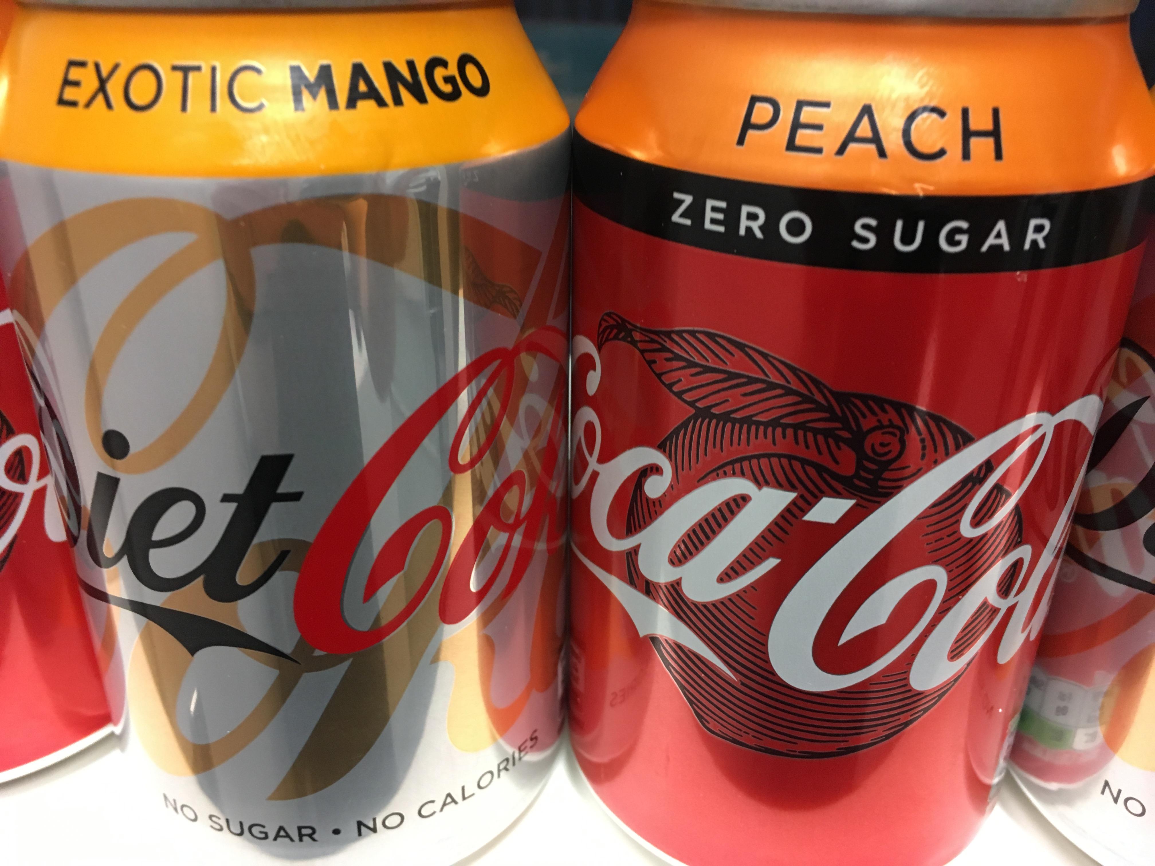 Coca-Cola brzoskwiniowa i mango
