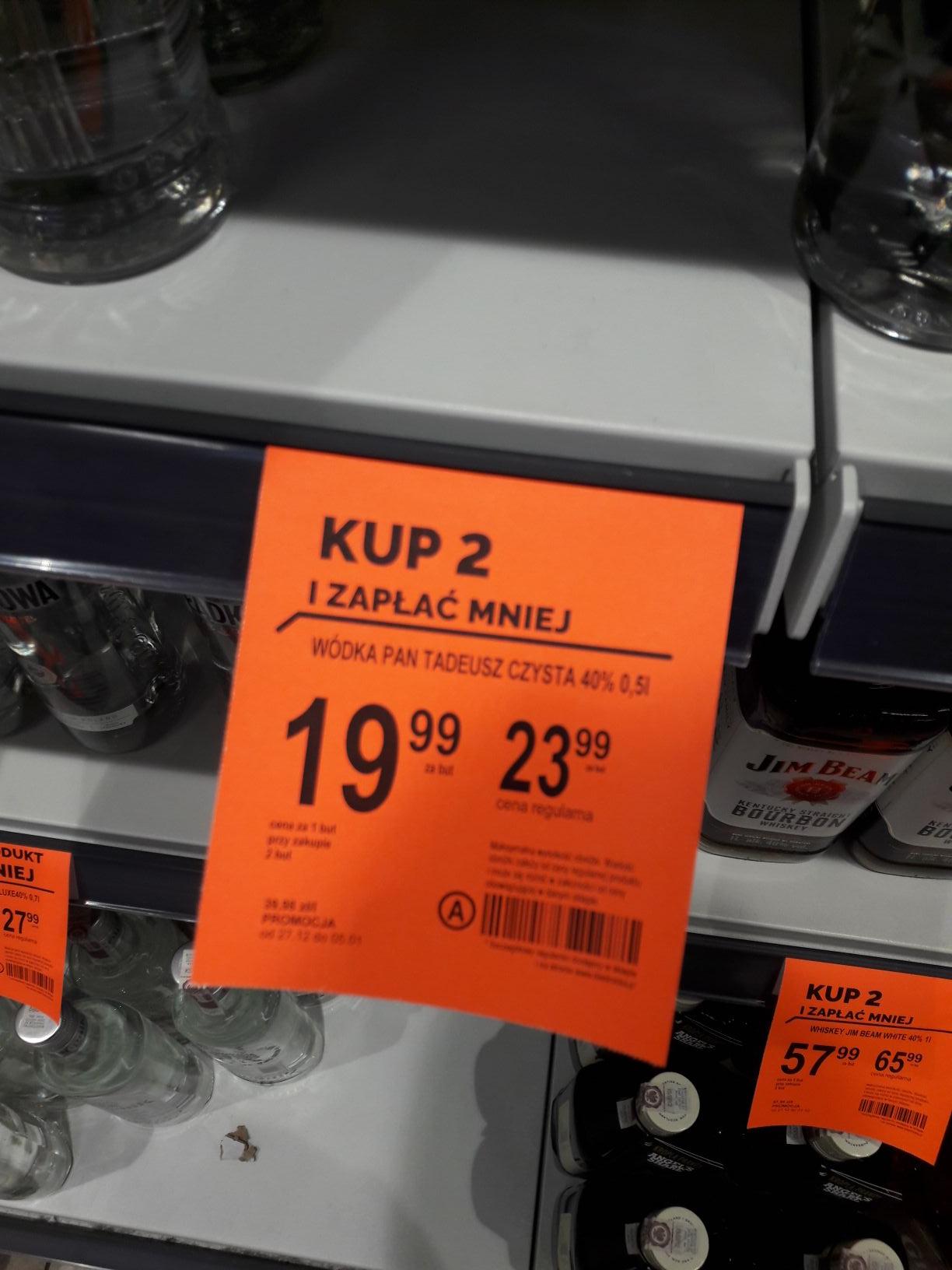 Wódka  Pan Tadeusz w dobrej cenie przy  zakupie 2 sztuk  w  Biedronce