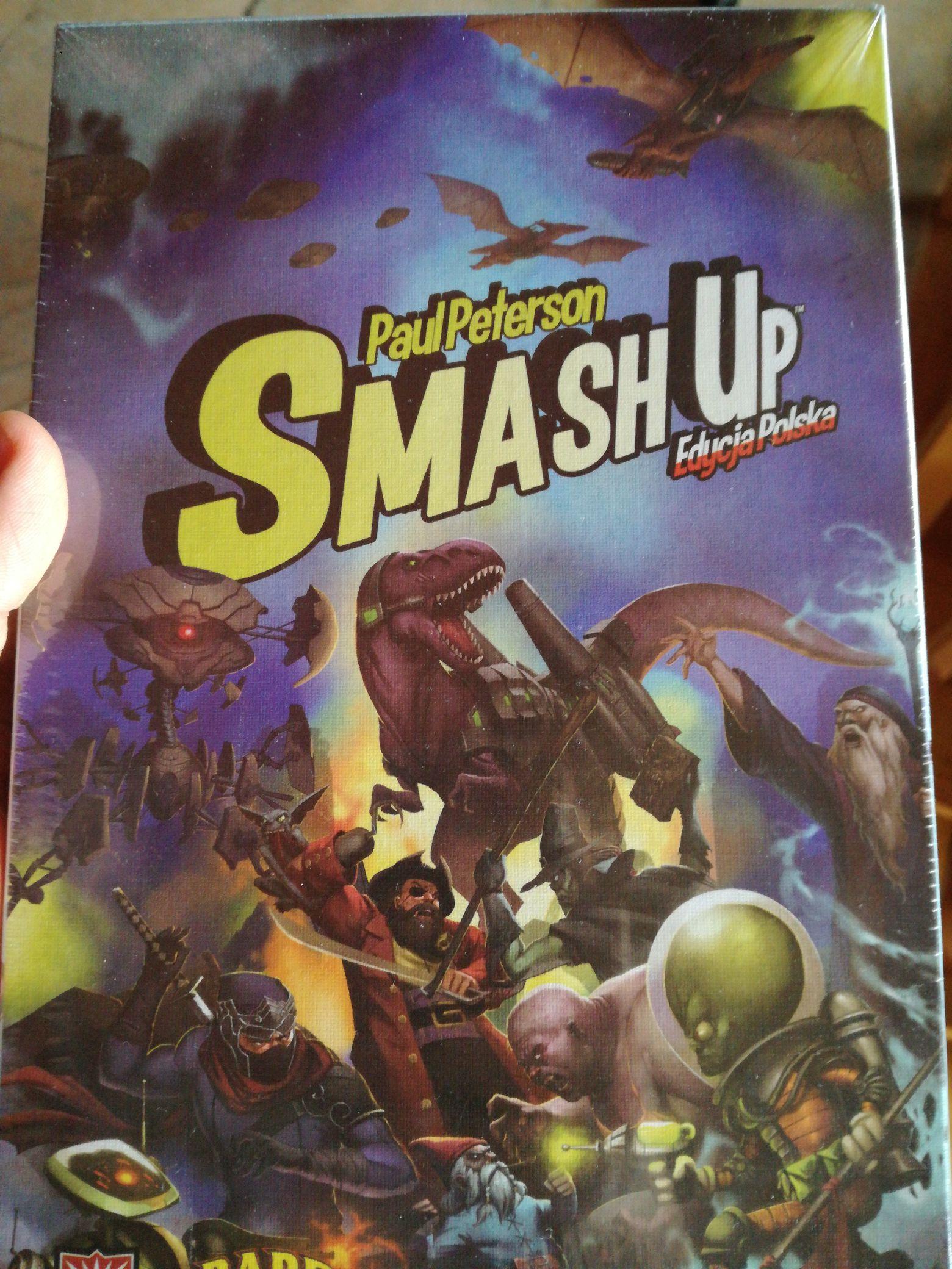 Karcianka od AEG Smash Up, polska edycja w Auchan Białystok Hetmańska