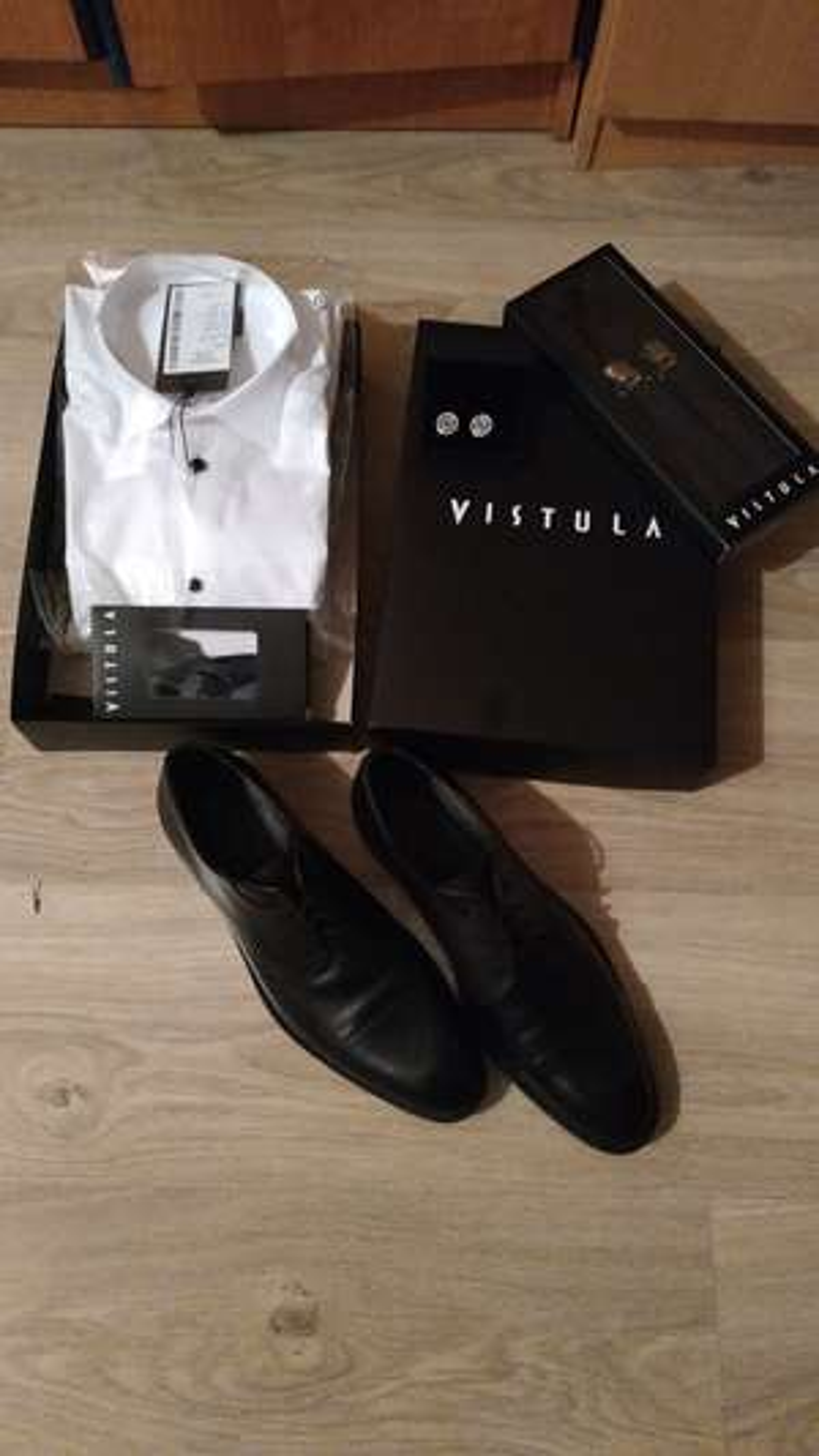 Dobra promka na garnitury ślubne bon na 1000 zł w cenie garnituru. @ Vistula