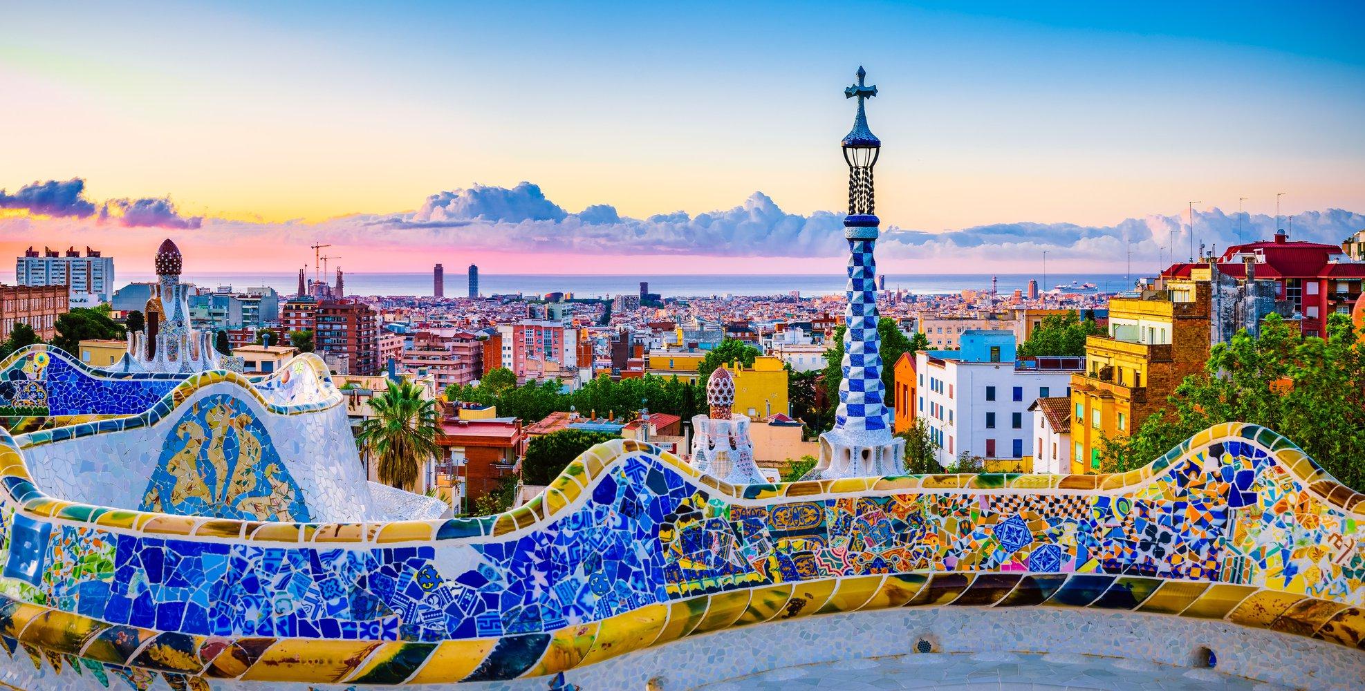 Barcelona 5dni w sierpniu przeloty + apartament