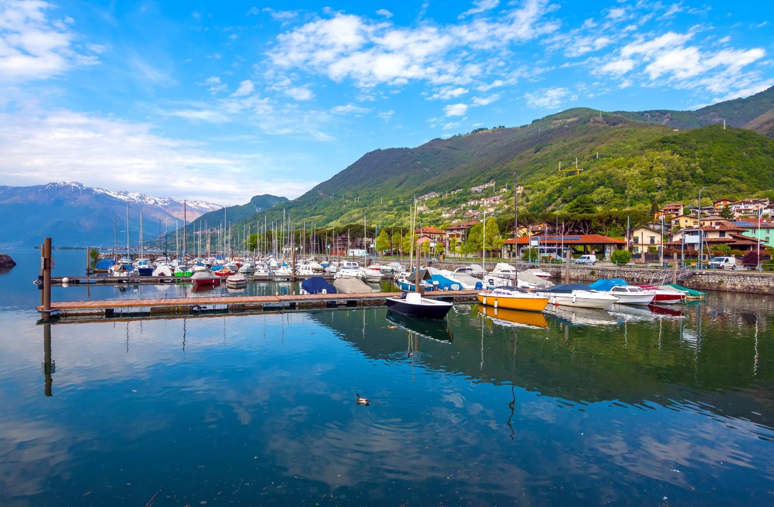 Boże Ciało we Włoszech. 4 osoby, 5 dni, 532 zł/os. Lot/auto z ubezpieczeniem/zakwaterowanie nad jeziorem Como w cenie