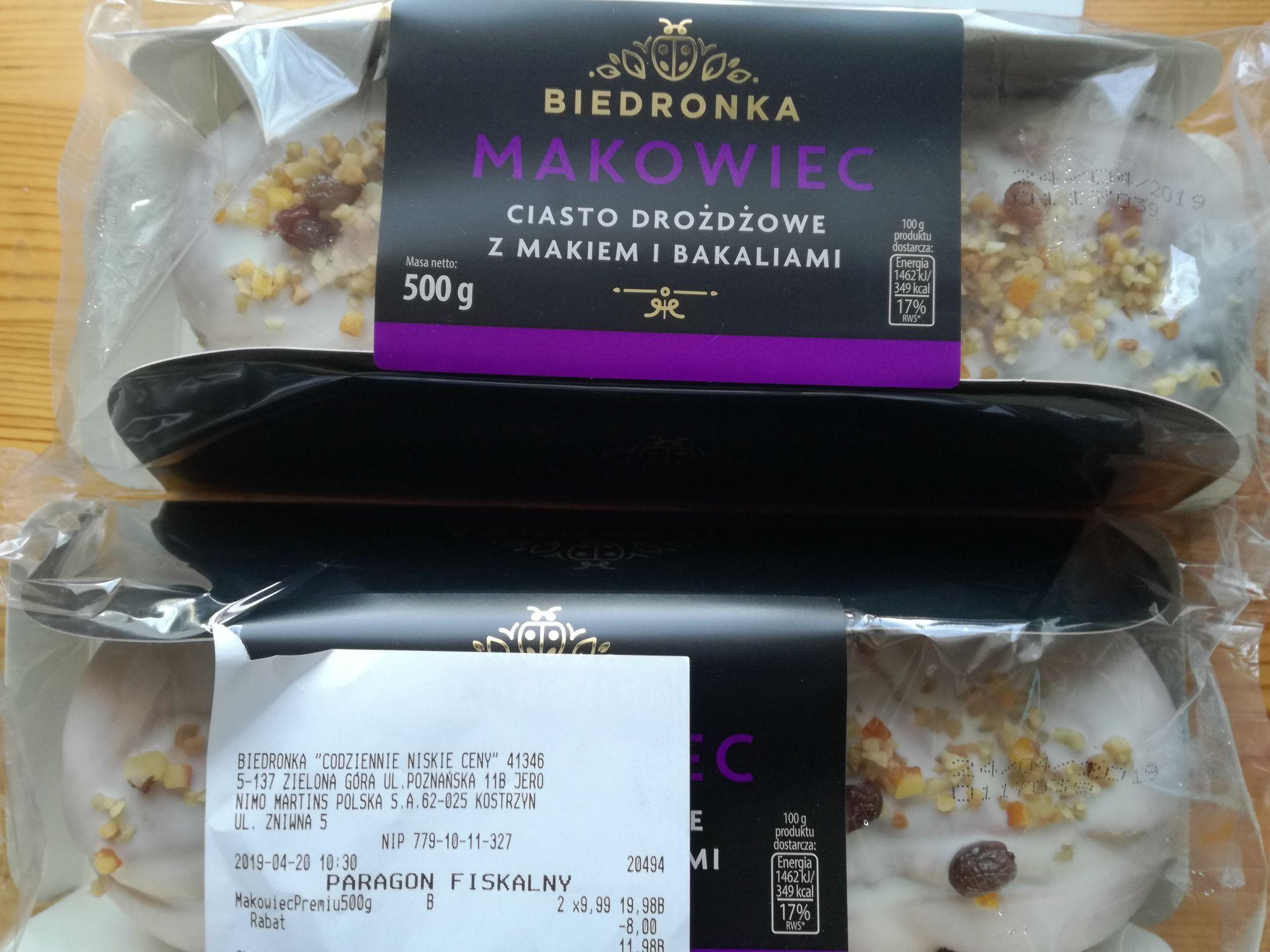 Przecena ciast w Biedronce tj. makowce, serniki, szarlotki.