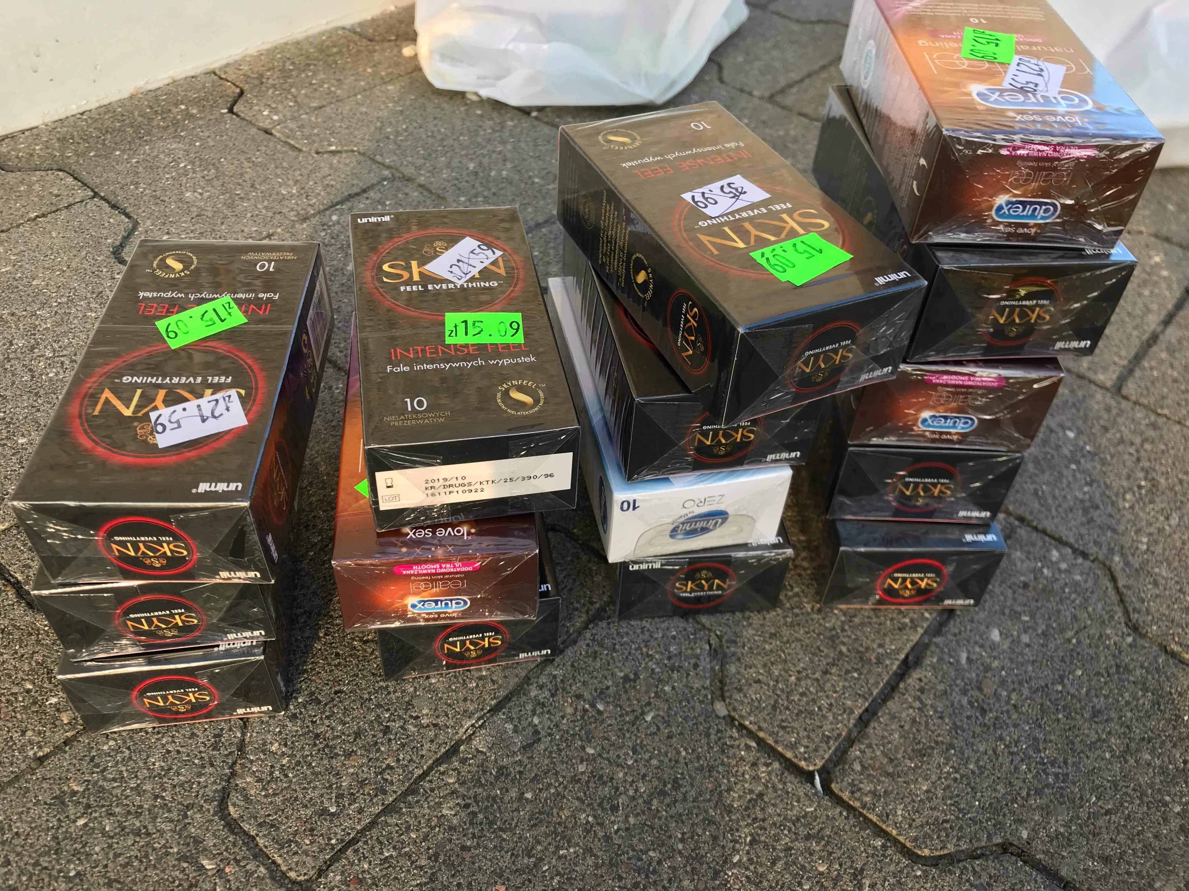 Prezerwatywy Durex, Unimil 10 sztuk za 1 grosz ROSSMAN Białogard