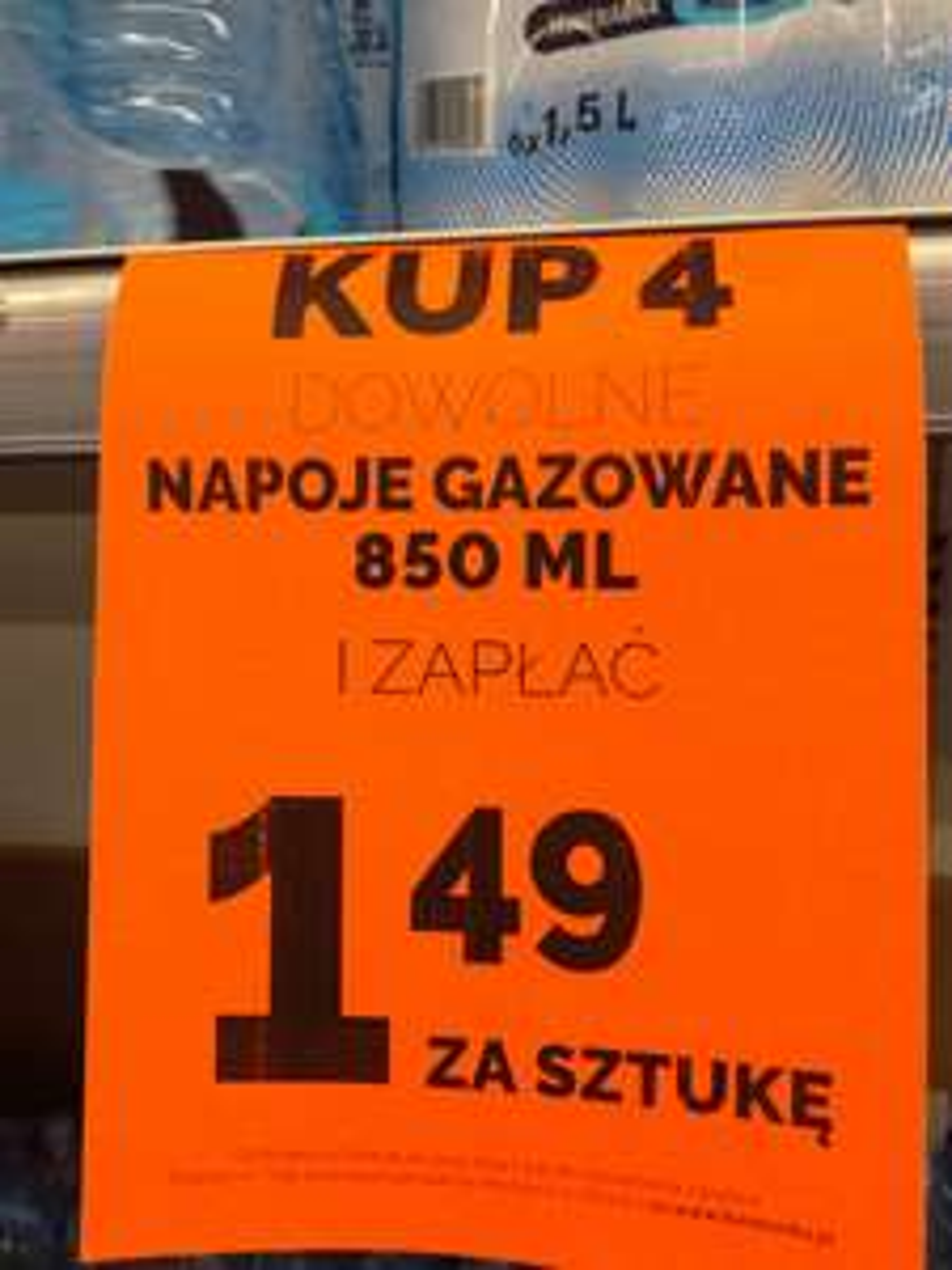 Biedronka - Pepsi, Mirinda, 7Up 1.49 przy zakupie 4 (1,76zł/L)
