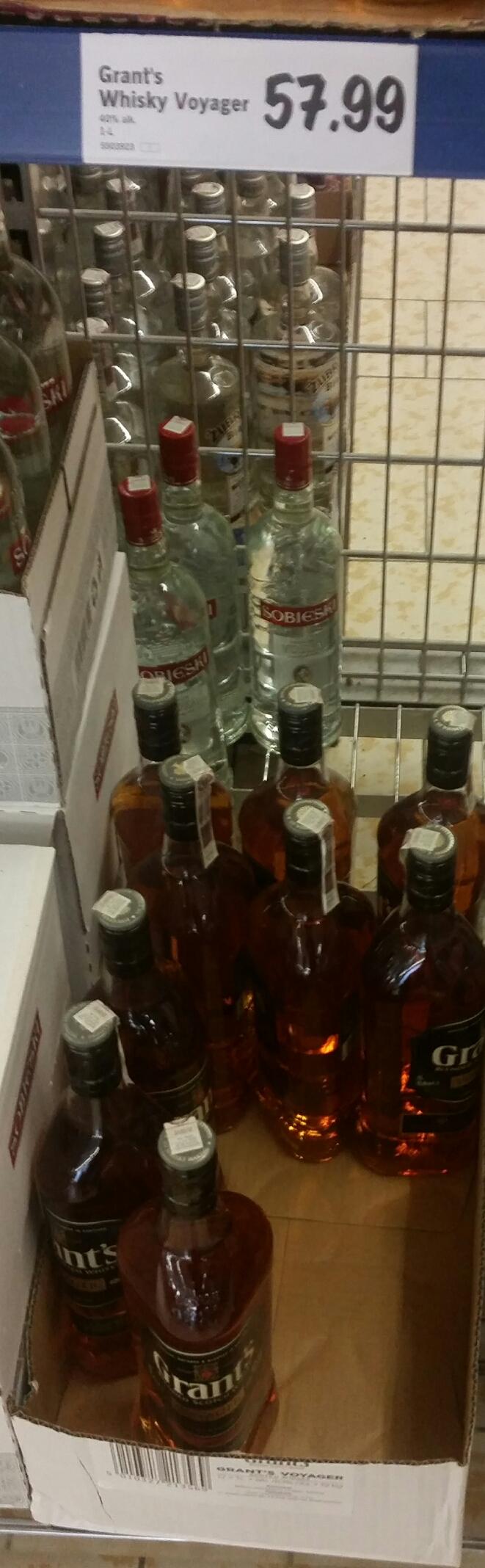 Whisky Grant's Voyager (czarny) 1L za 57.99zł w Lidlu