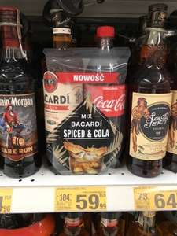 0,7 Bacardi SPICED + cola AUCHAN
