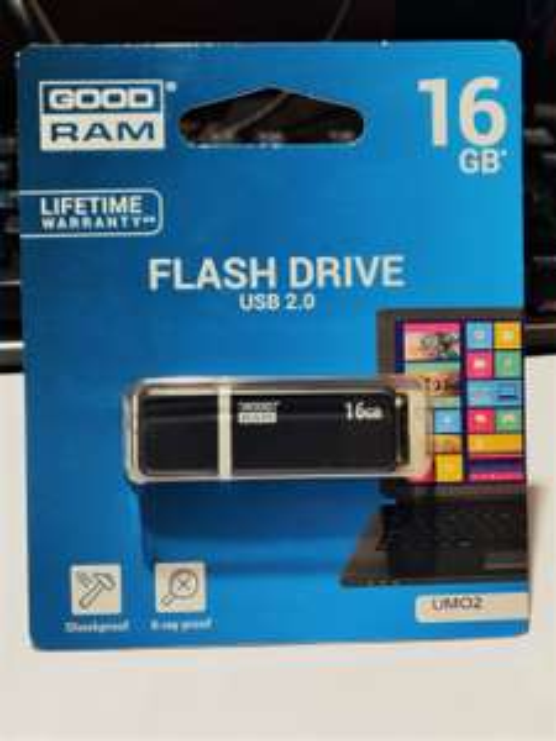 [MyCenter] GOODRAM UMO2 - 16 GB Pendrive USB 2.0