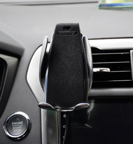 Energetyczny Fotel dla Fona - uchwyt samochodowy na telefon z ładowarką za 9.37$