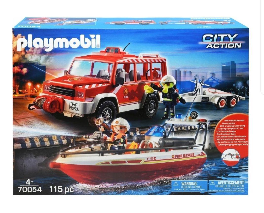 Samochód strażacki z łodzią strażacką (Playmobil)