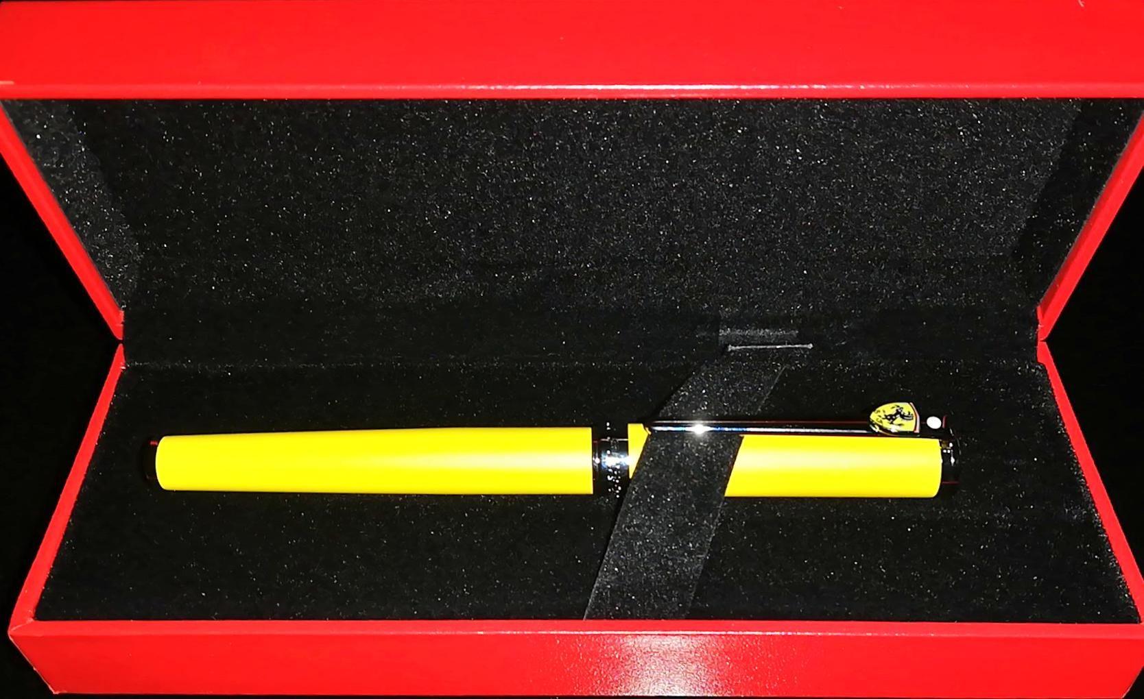 Pióro kulkowe Sheaffers Ferrari Yellow