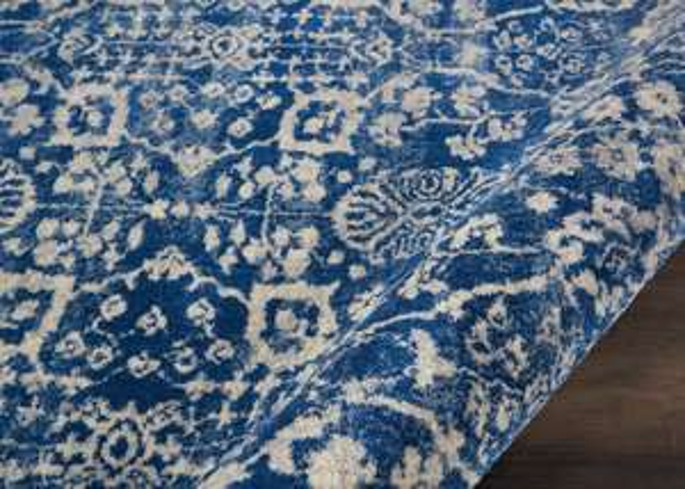 Fajny stylowy dywan za mniej niż stówkę - jest sporo innych