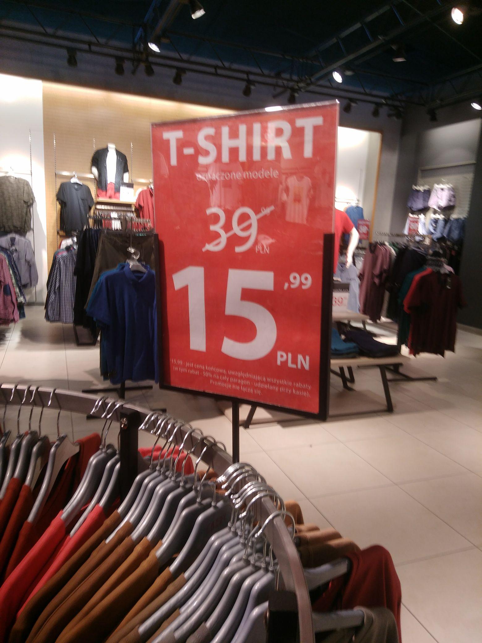 T-shirty koszulki sklep Carry Galeria Katowicka. Lokalnie?