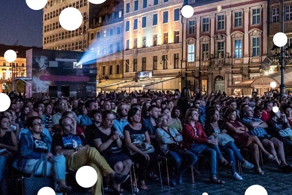 [Wrocław] Darmowe Kina plenerowe sezon 2019 - lista miejsc