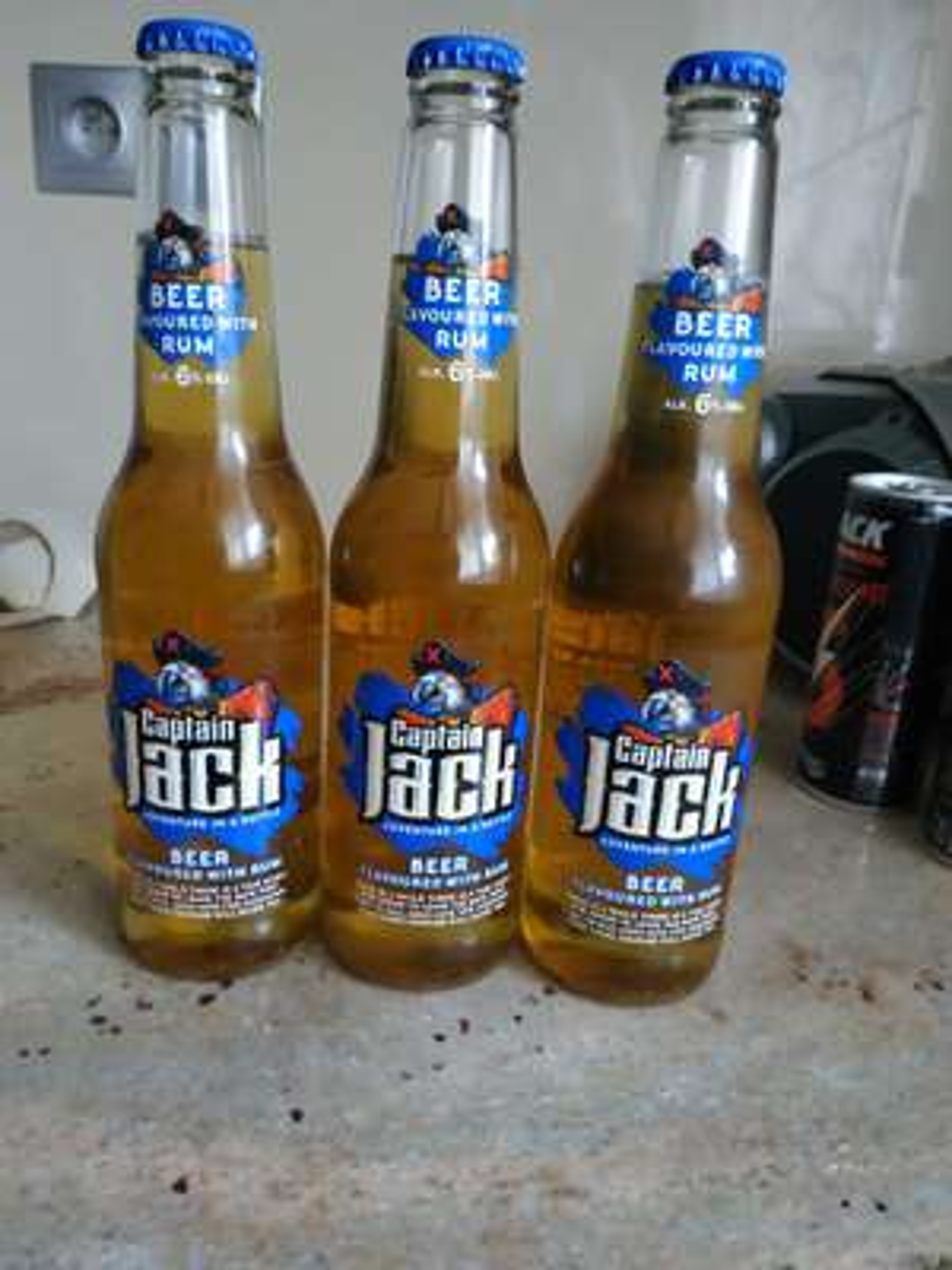 ŻABKA - Piwo Captain Jack 2,99 przy zakupie 3szt.