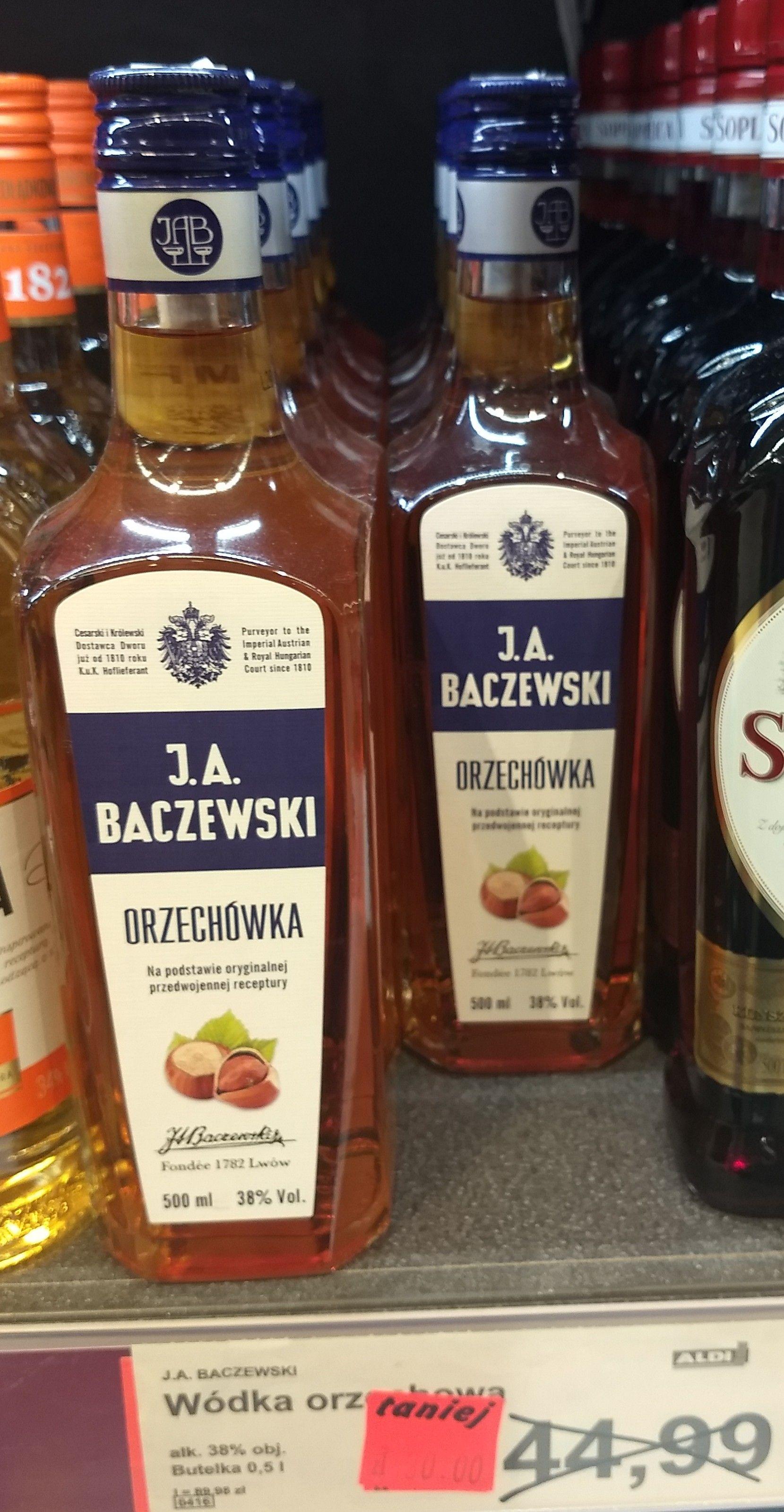 Baczewski Orzechówka 0,5l ALDI