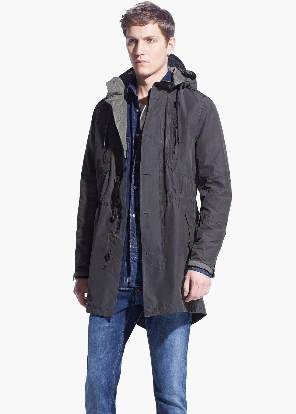 Długa kurtka z kapturem za 108zł (-73%) @ Mango