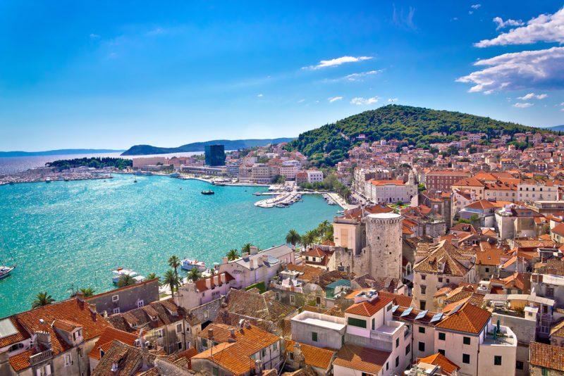 Tygodniowe wakacje w Dalmacji za  osobę przy dwóch osobach podróżujących 877 zł Sierpień