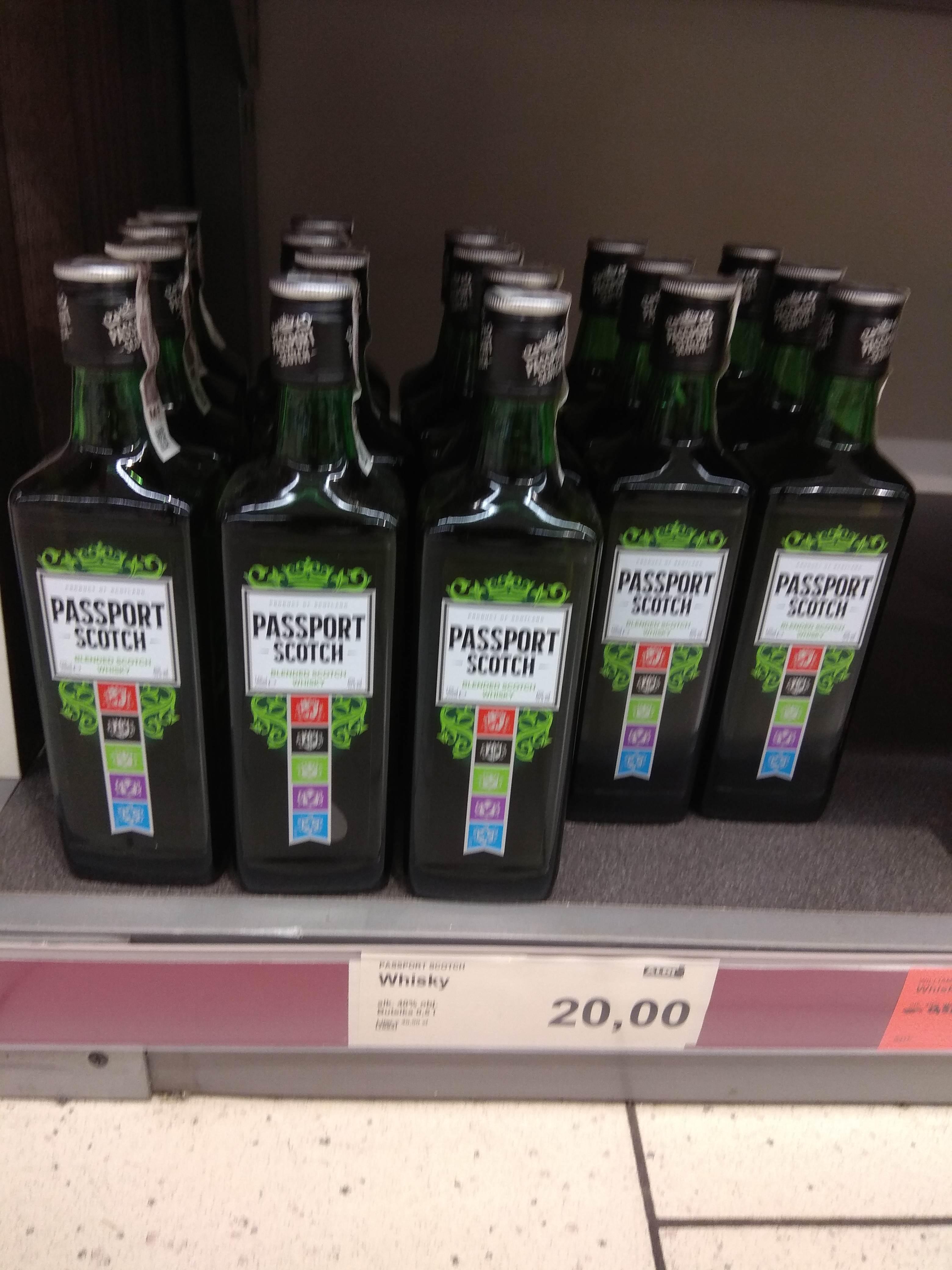 Whisky PASSPORT SCOTCH 0,5l ALDI Racibórz