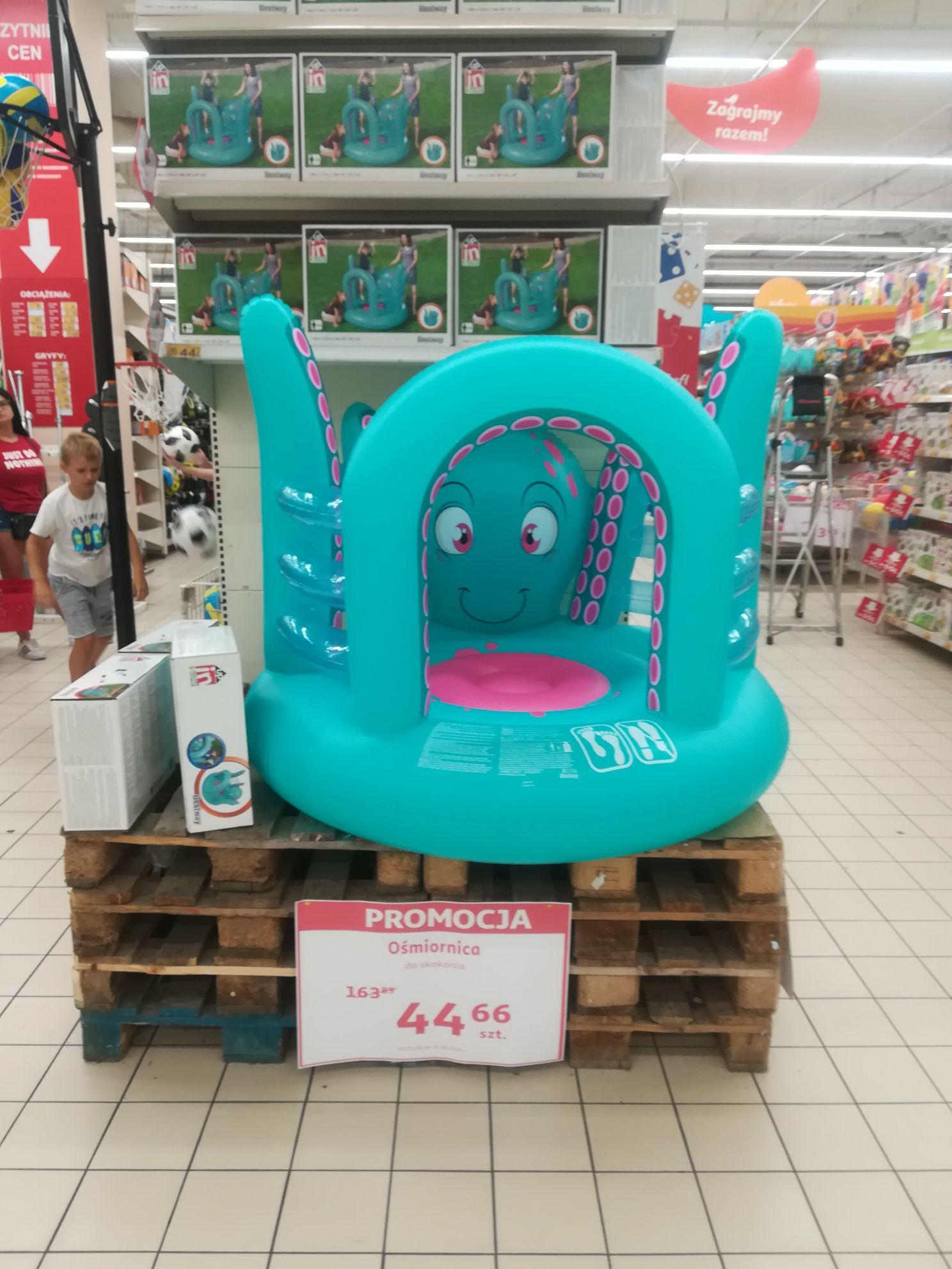 Wyprzedaż zabawek letnich ogrodowo-plażowych w Auchan Kraków Bonarka