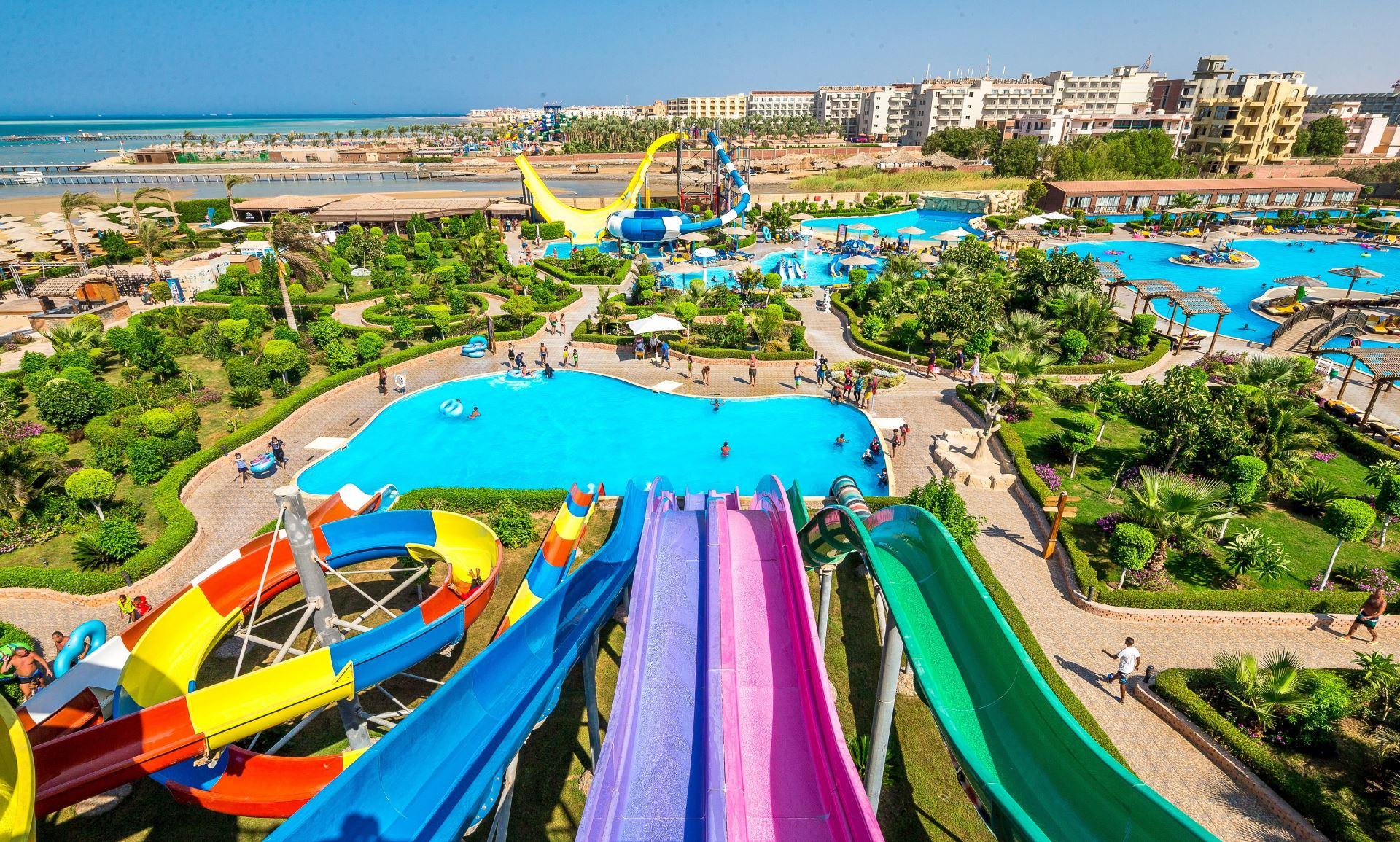 Egipt: 5* hotel z all inclusive przy plaży i parkiem wodnym od 1383 zł