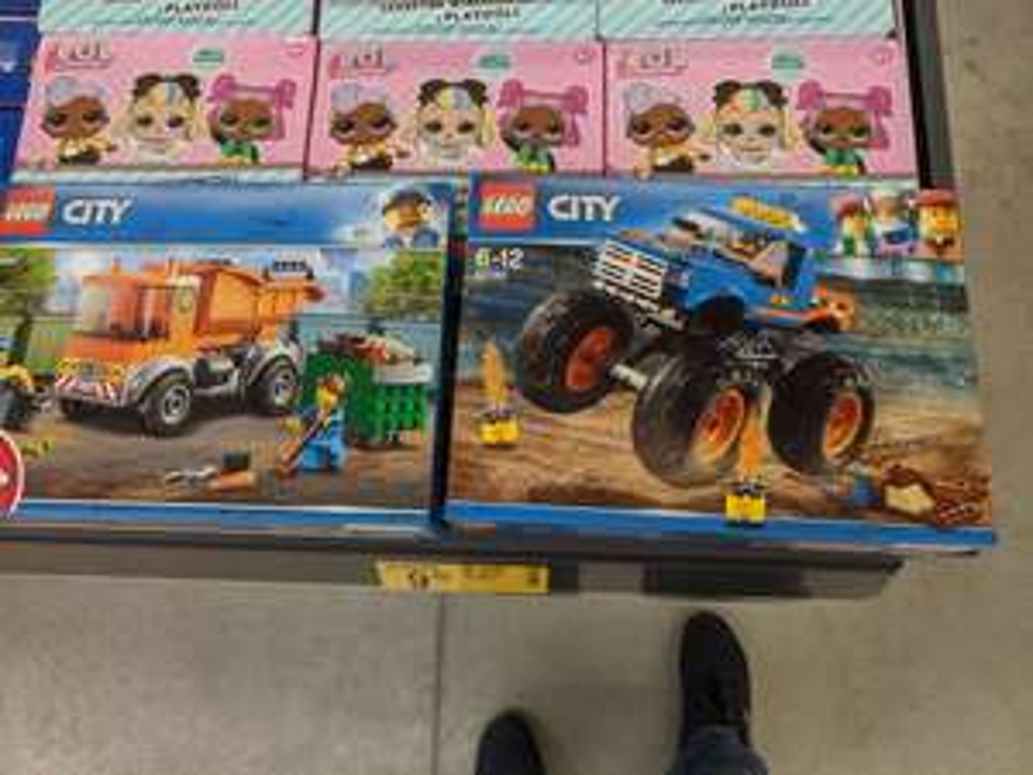 Wyprzedaż klocków LEGO w outlecie Biedronki w Poznaniu