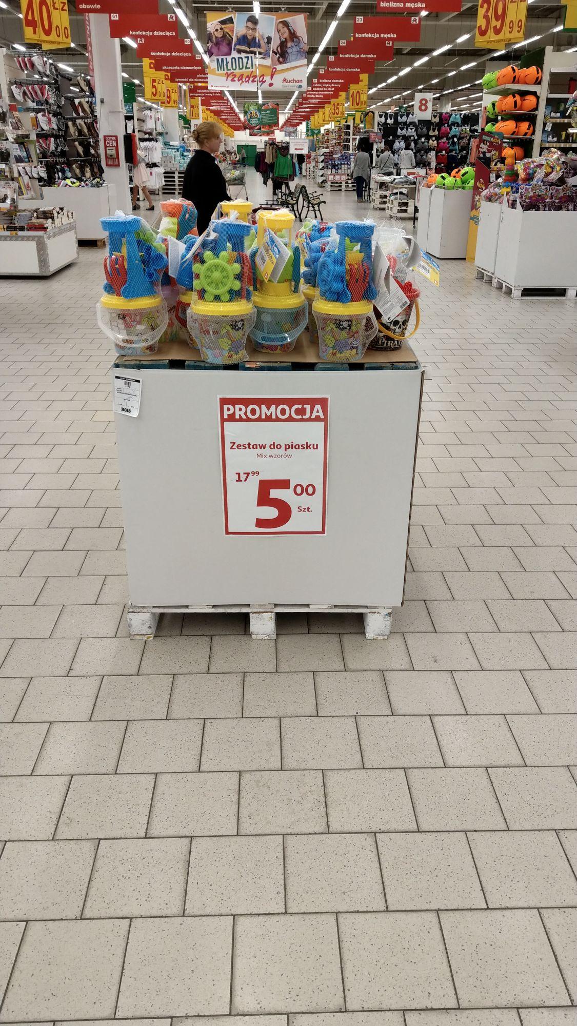 Zestaw do piasku - mix wzorów - Auchan Rybnik i raczej też inne Auchan