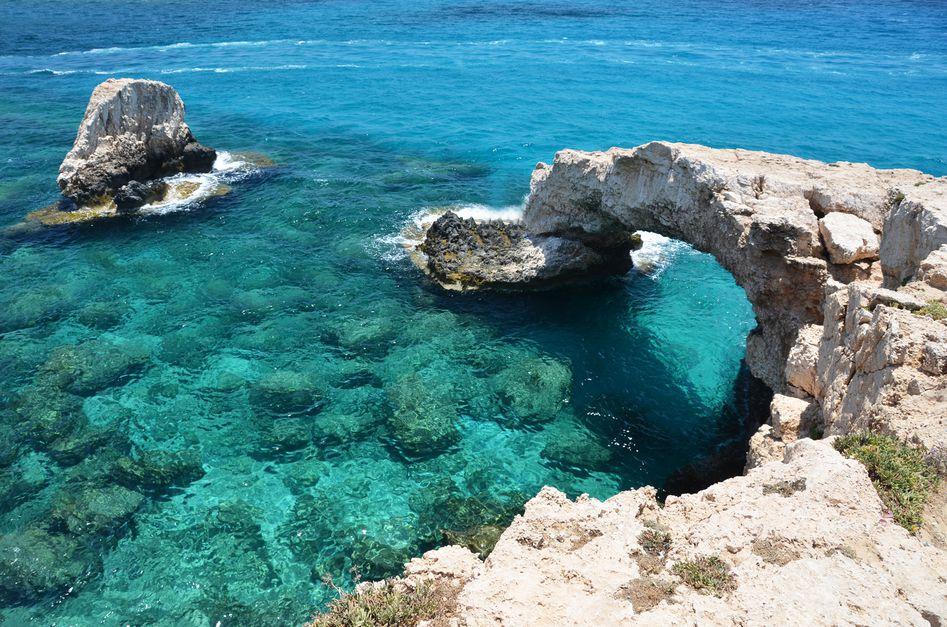 Wyspa Afrodyty! Na własną rękę Jesienny tydzień na Cyprze dla 2 za 599 PLN/os! Loty, hotel & auto!