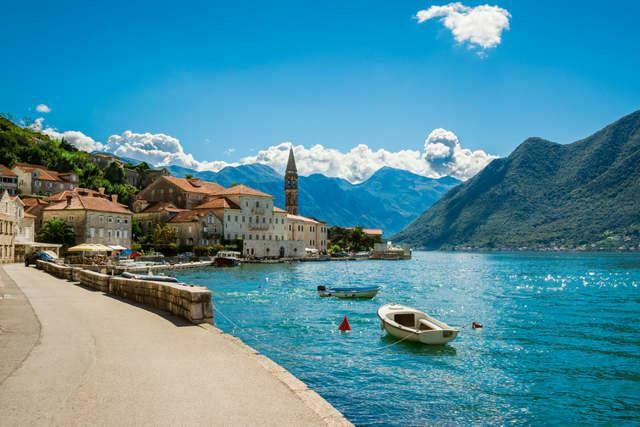 Wakacje 2020 zatoka Kotorska Czarnogóra lipiec/sierpień